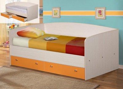 Кровать с ящиками 6800 рублей